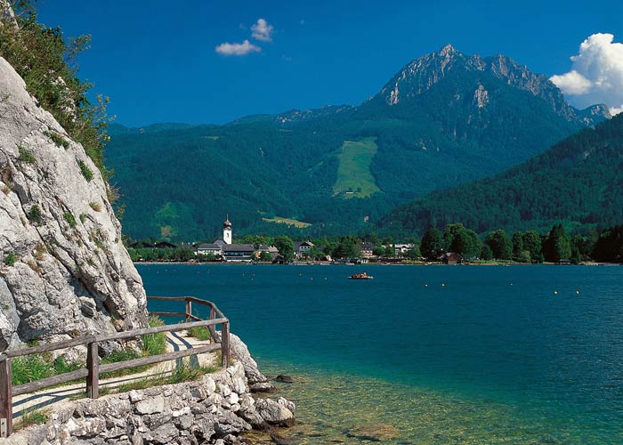 Excursions in the salzkammergut the austrian lake district strobl near lake wolfgang sciox Images